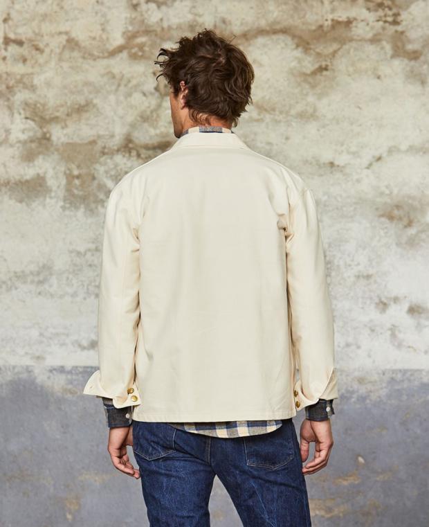 veste blanche kidur de dos