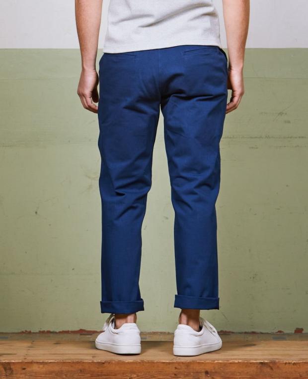 pantalon bleu kidur de dos