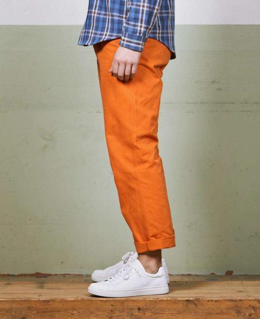 pantalon achille orange mecanic de coté