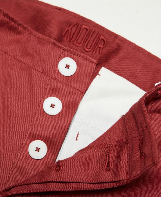 pantalon rouge coté kidur