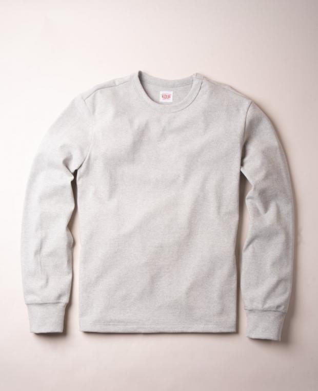 t-shirt gris à manches longues